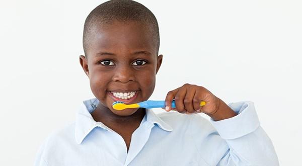 Regularly Brush The Milk Teeth Dentalsreview